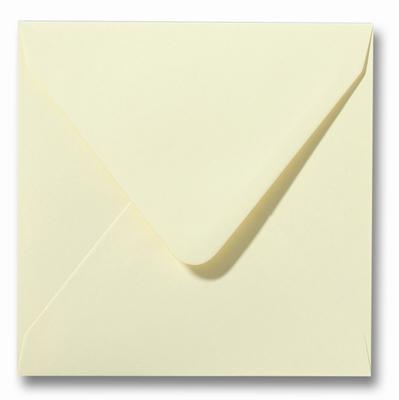 07 Envelop 14x14 cm Roma Zachtgeel